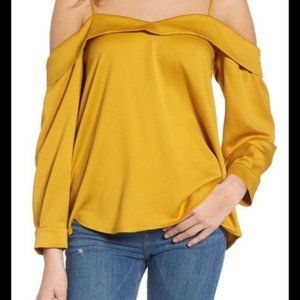 Leith Cold Shoulder Mustard Yellow Shirt Size M